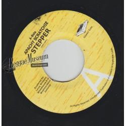 """Apachy Scratchie - Stepper (bam bam remix) - Classic Cuts 7"""""""
