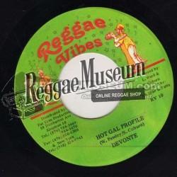 "Devonte - Hot Gal Profile - Reggae Vibes 7"""